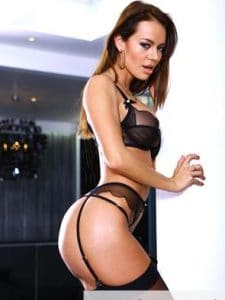Evelin Female Escort in the United States