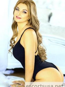 Layla Female Escort in the United States